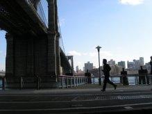 Jogger Famous Bridge New York