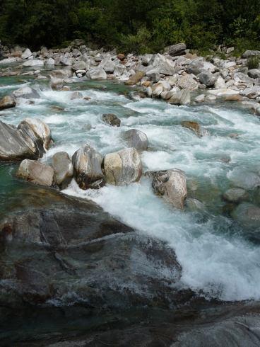 verzasca river rocks