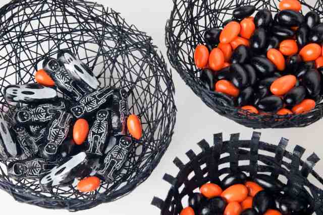 halloween diy spider web bowls by Jessica Marquez for AnInspiring