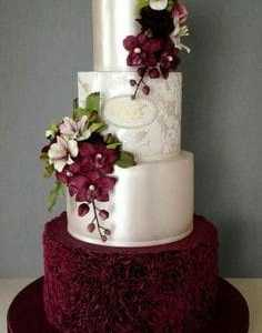 cupcakes-cookies-cakes-burgundy
