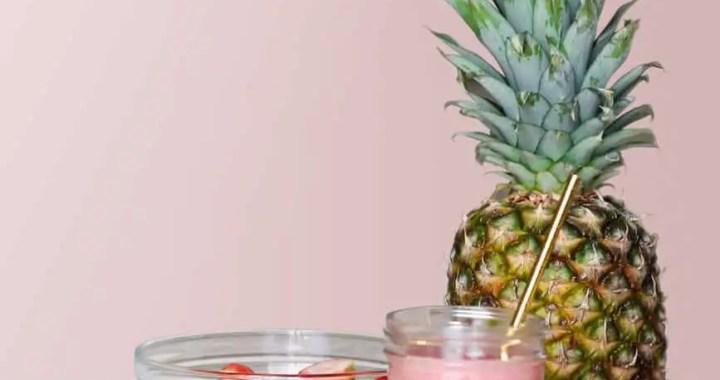strawberry smoothie on glass jar