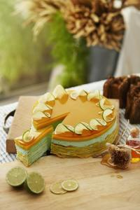 Photo of color green cake