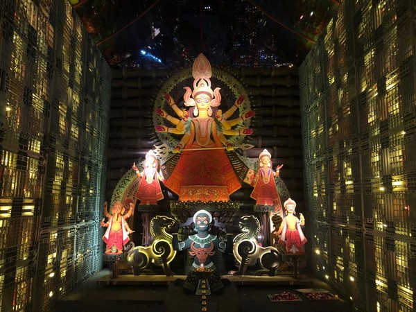 Durga Puja pandal of the Bhowanipur 75 Palli committee, West Bengal in 2019.