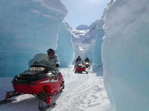 Glacier City Snowmobile Tours4.jpg