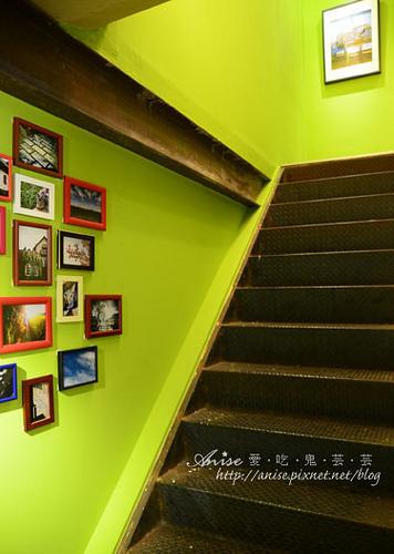 Mina Cafe004.jpg