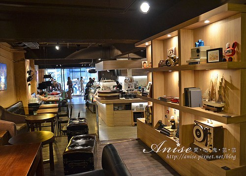 stayreal cafe_012.jpg