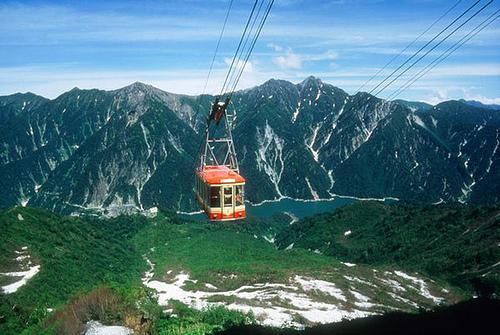 日本黑部立山.jpg