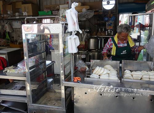 2_小琉球美食洪媽媽早餐店004.jpg