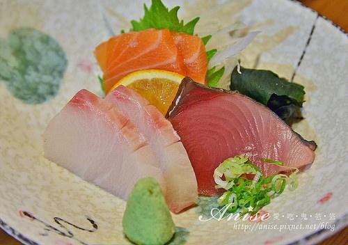 捷運芝山站美食.豚馬日本料理,料好實在再訪率高!