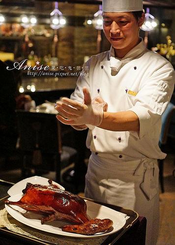 頤宮中餐廳(君品酒店),烤鴨皮脆肥腴豐潤超好吃@2018台北米其林三星