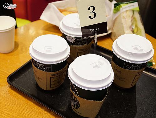 大阪早餐.Tully's coffee,可口又平價