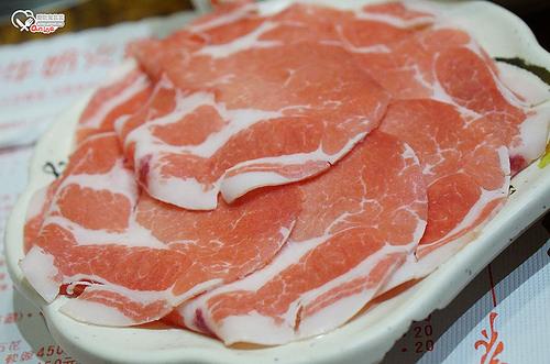 再訪鍋媽媽,一樣最愛牛奶鍋+豬肉(旅遊講座後要補一下!)