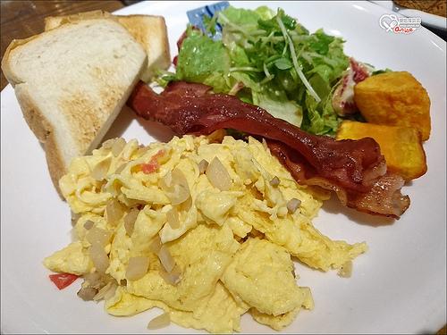 東區早午餐.C25度CAFE,東區晨型人的早餐店