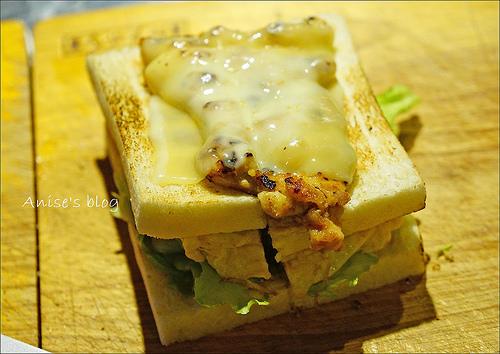 明治時期碳烤三明治_017