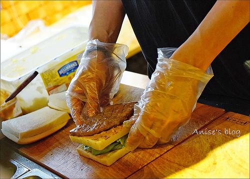 明治時期碳烤三明治_024