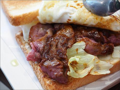 捷運大安站早午餐.桔梗三明治專賣,環境舒適價格高貴