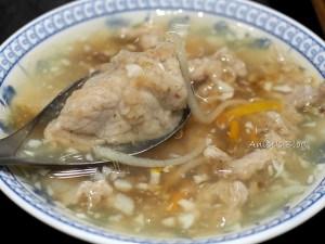 今日熱門文章:阿娘給的蒜味肉羹(原北門蒜味肉羹),搬家到泰山路囉!