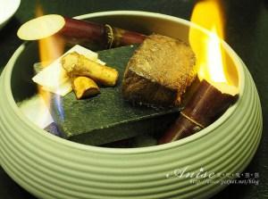 網站熱門文章:ikki藝奇新日本料理,蔗香石燒牛小排、伊比利豚朴葉燒很厲害,還有宇治抹茶祭!