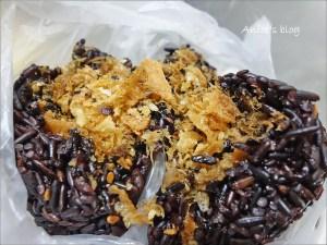 今日熱門文章:員林商店黑飯糰,健康的黑色食物(結果還賣好多東西 Q_Q)