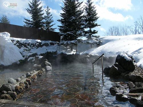 Hotel Grandeco騎雪上摩托車、滑雪盆,露天雪景溫泉超有fu @愛吃鬼芸芸