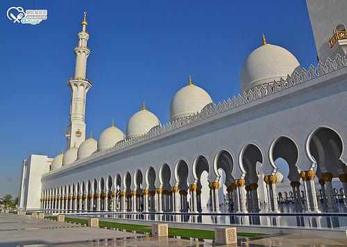 阿布達比大清真寺 Sheikh Zayed Grand Mosque Center@ 杜拜小旅行 @愛吃鬼芸芸