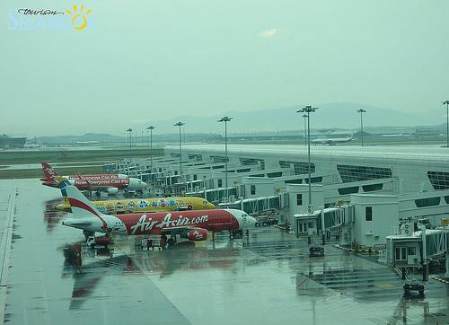 Air Asia(亞航)馬來西亞廉價航空+新機場klia2@馬來西亞雪蘭莪 @愛吃鬼芸芸