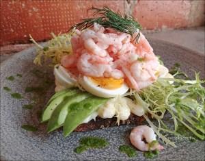 今日熱門文章:斯德哥爾摩九大FIKA聖地(1):Café Pascal,滿是北歐小鮮肉的時髦咖啡店