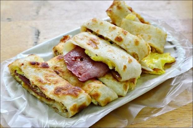 深坑美食.韭盒子早餐,手工蛋餅+小魚辣椒絕配美味組合(姊姊食記)
