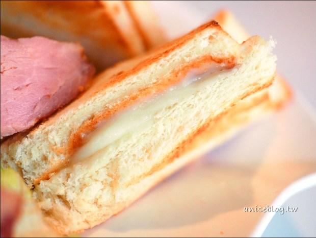 內湖平價優質早餐.羅丹薩,樣樣美味,我最愛牛肉麵!(週末限定)