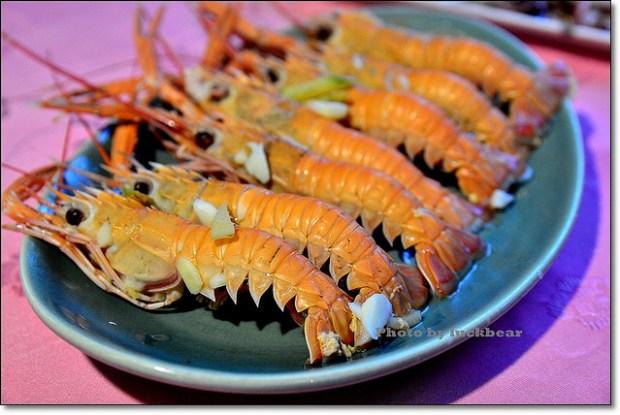 蘇澳美食.光輝海鮮料理,南方澳巷仔內隱藏美食
