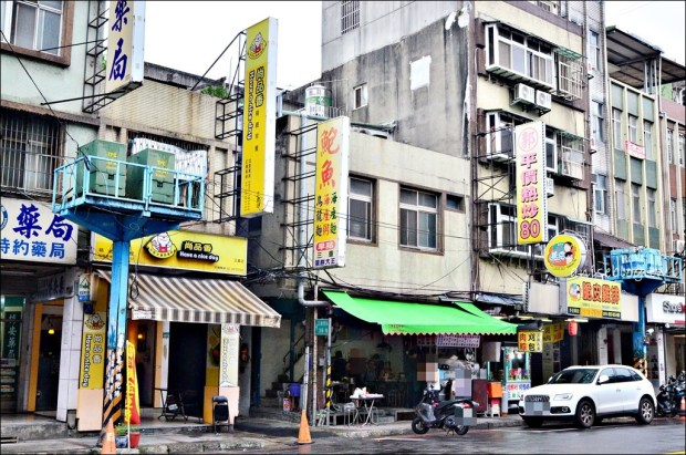 三重蛋餅大王,雙蛋蛋餅手工蛋餅排隊早餐店,台北橋站美食(姊姊食記)