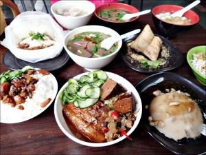 今日熱門文章:一甲子餐飲,控肉飯、麻豆碗粿、刈包,萬華美食祖師廟口老店(姊姊食記)