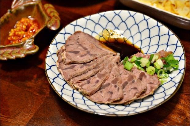 羅東大方食坊,陶碗蒸飯、滷肉飯控肉飯,手工醬油在地好食(姊姊食記)