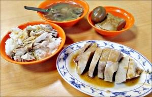 今日熱門文章:好吃雞肉飯,雞絲飯、下水湯,三重五華街平價美食(姊姊食記)
