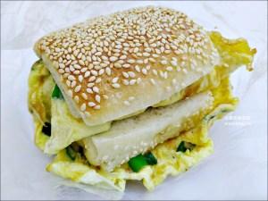今日熱門文章:永新豆漿,永和在地推薦超人氣巷弄排隊早餐美食,美味胡椒餅蛋,永和美食(姊姊食記)