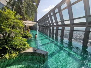 網站近期文章:台北新板希爾頓酒店,絕美高樓層泳池俯瞰新北景觀