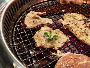 今日熱門文章:燒肉眾精緻炭火燒肉板橋文化店,499豬肉吃到飽,新埔站美食(姊姊食記)