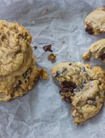 Tahini Spelt Chocolate Chunk Cookies