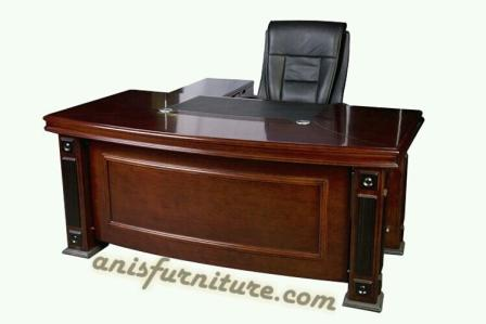 meja kantor jati minimalis