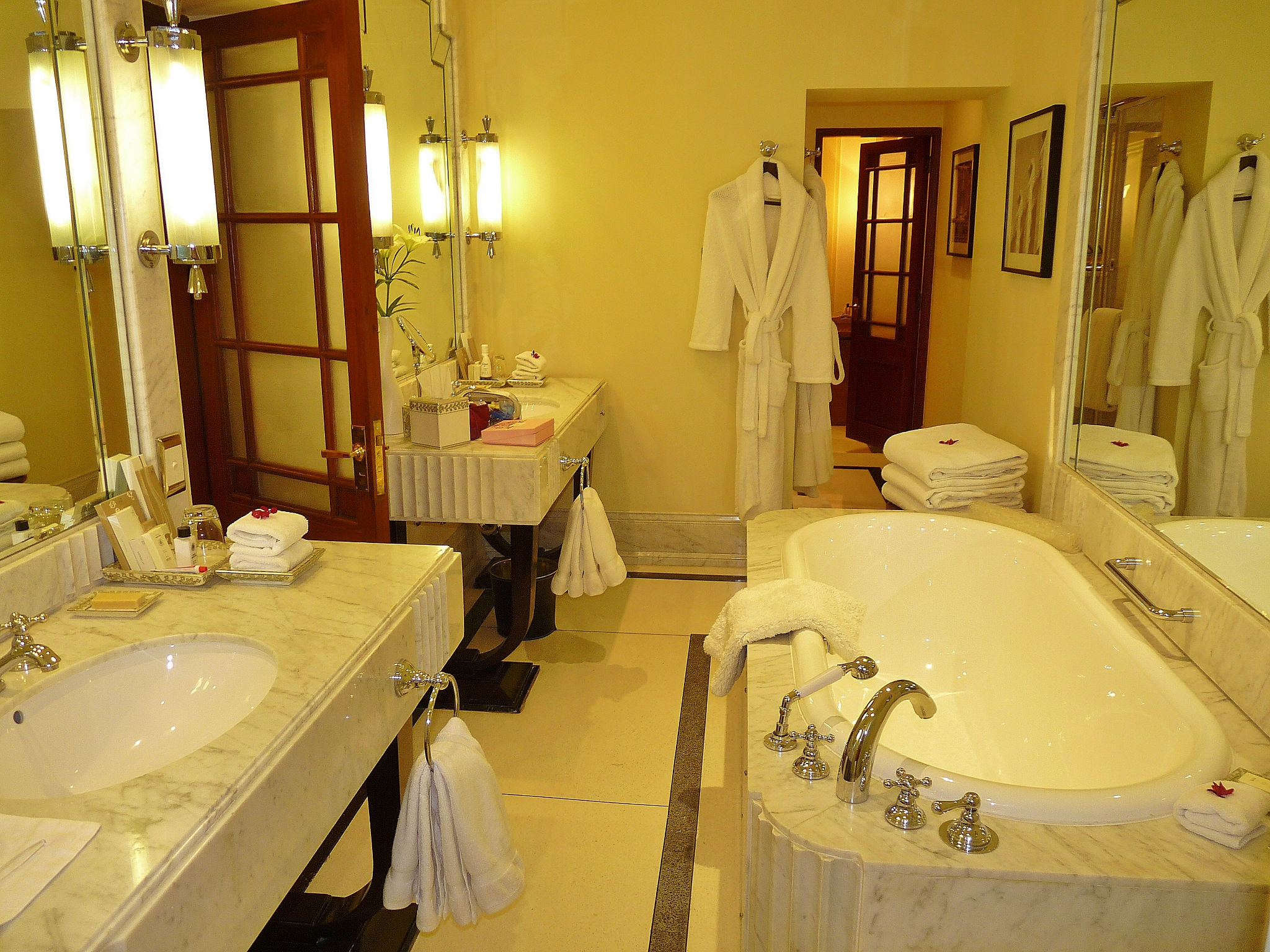 Elegant Marble Bathroom Fit For A Princess In Grand Royal
