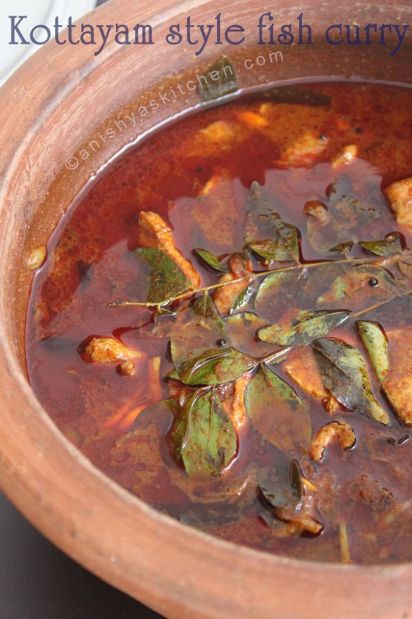 Kottayam-style-fish-curry-kerala-fish-curry-meen-curry-meen-mulakittathu-meen-vevichathu-easy-fish-curry-recipe