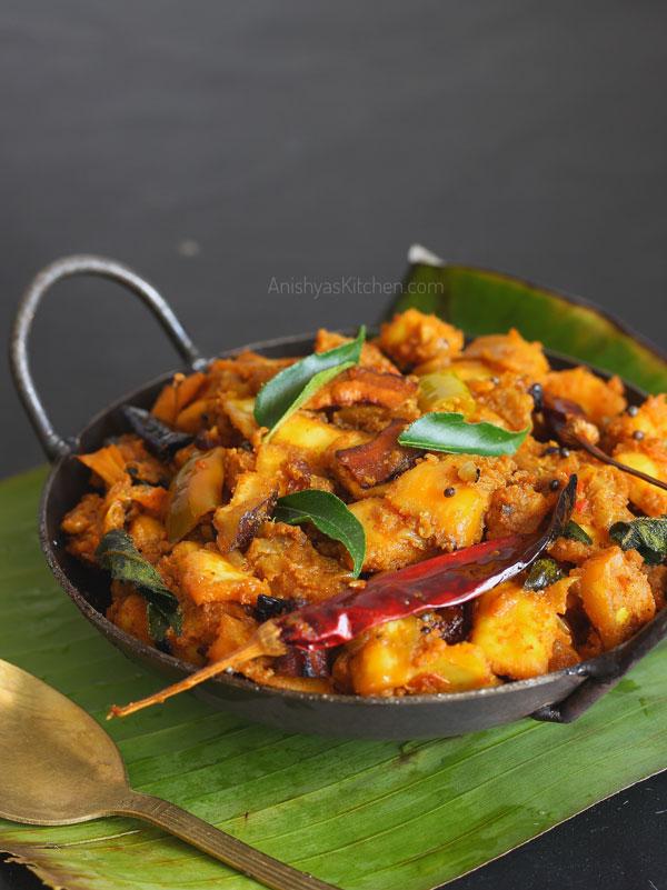 Kerala style chakka masala - jackfruit masala - Kathal masala recipe