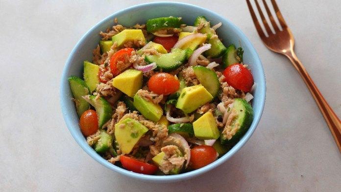 healthy-weight-loss-avacado-tuna-salad-keto-recipe