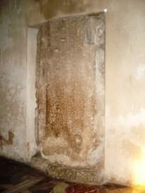 Greek column inside the Cattedrale di Siracusa
