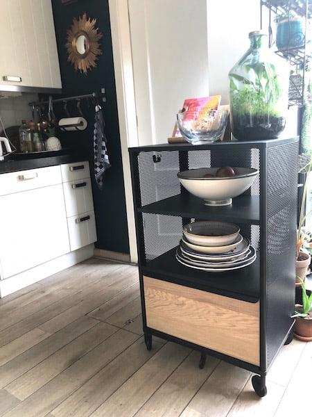 Ikea bekant 2