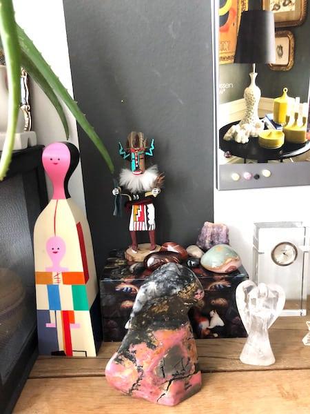 edelstenee in my home office