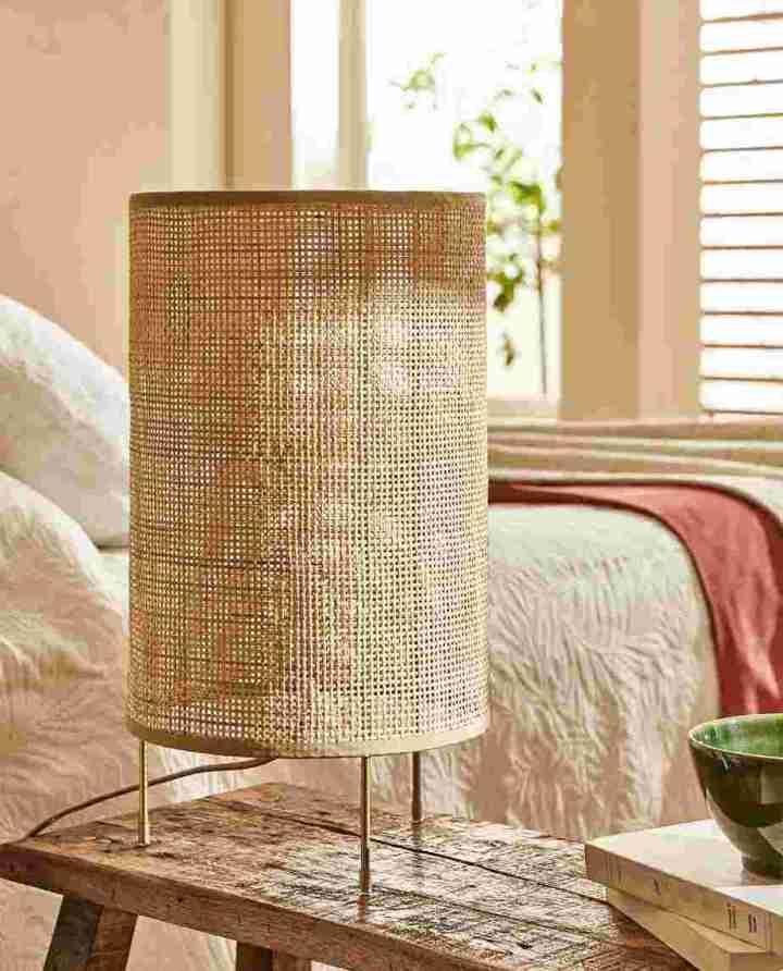 lamp met bamboe kap