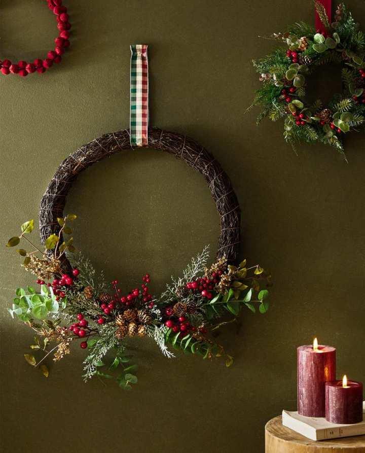kersthuis, kerstkransen