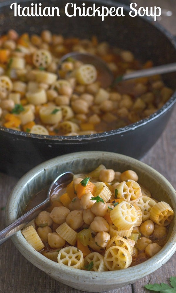 Italian Chickpea soup is a delicious Healthy Vegan/Vegetarian Soup Recipe, a must try.  Healthy & Delicious, the whole family will love it. #soup #chickpea #vegetable #Italian