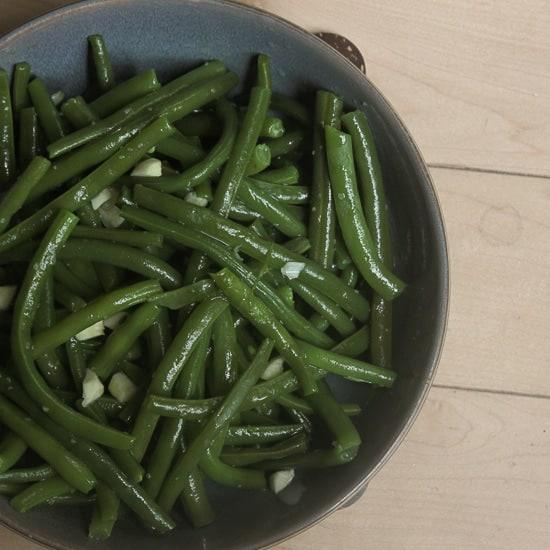 Italian green bean toss
